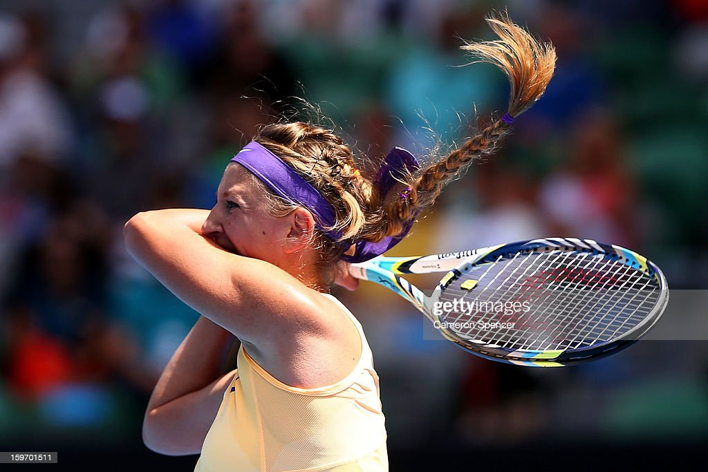 <a gi-track='captionPersonalityLinkClicked' href=/galleries/search?phrase=Victoria+Azarenka&family=editorial&specificpeople=604872 ng-click='$event.stopPropagation()'>Victoria Azarenka</a> of Belarus plays a backhand in her third round match against Jamie Hampton of the United States of America during day six of the 2013 Australian Open at Melbourne Park on January 19, 2013 in Melbourne, Australia.