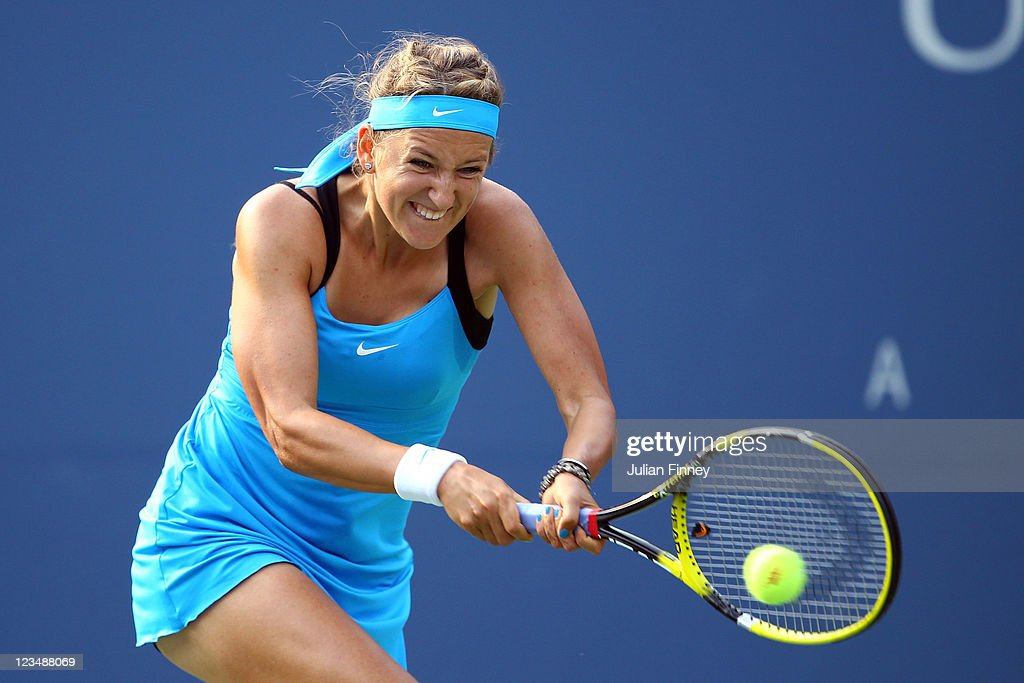 <a gi-track='captionPersonalityLinkClicked' href=/galleries/search?phrase=Victoria+Azarenka&family=editorial&specificpeople=604872 ng-click='$event.stopPropagation()'>Victoria Azarenka</a> of Belarus returns a shot against Serena Williams of the United States during Day Six of the 2011 US Open at the USTA Billie Jean King National Tennis Center on September 3, 2011 in the Flushing neighborhood of the Queens borough of New York City.