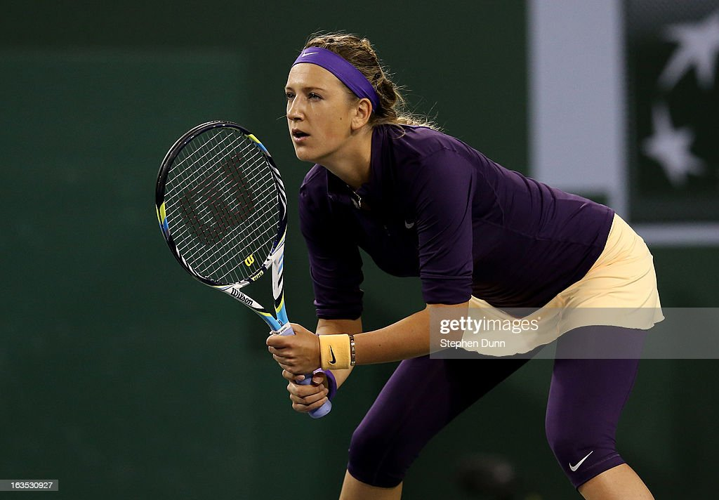 Victoria Azarenka of Belarus waits for a serve from Kirsten Flipkens of Belgium during day 6 of the BNP Paribas Open at Indian Wells Tennis Garden on March 11, 2013 in Indian Wells, California. (Photo by Stephen Dunn/Getty Images).