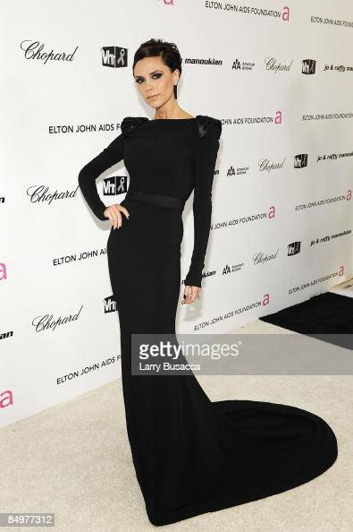 Victoria Beckham arrives at the 17th Annual Elton John AIDS Foundation Oscar party held at the Pacific Design Center on February 22 2009 in West...
