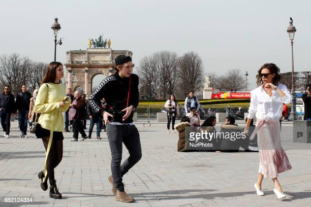 Victoria Beckham her son Brooklyn and Sonia Ben Ammar visit the Musee du Louvre in Paris on march 11th 2017