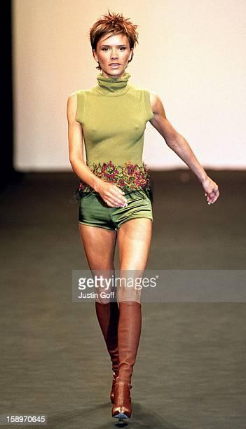 Victoria Beckham Models For Maria Grachvogel During London Fashion Week