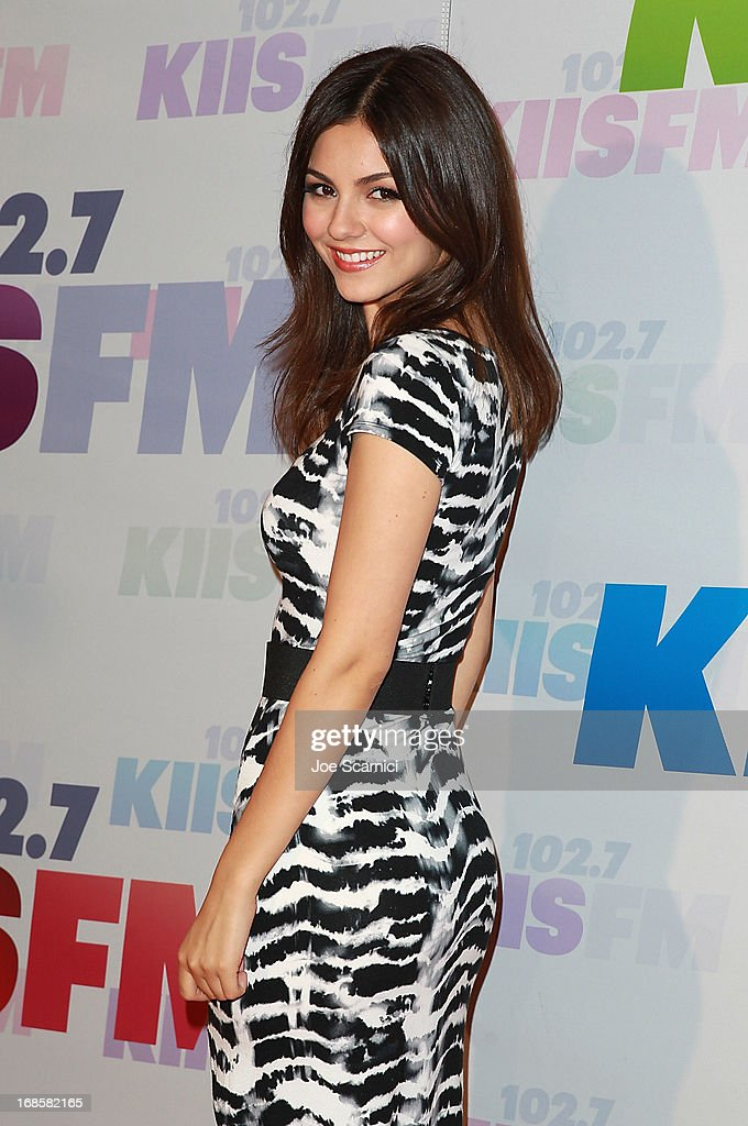 <a gi-track='captionPersonalityLinkClicked' href=/galleries/search?phrase=Victoria+Justice&family=editorial&specificpeople=569887 ng-click='$event.stopPropagation()'>Victoria Justice</a> arrives at 102.7 KIIS FM's Wango Tango 2013 at The Home Depot Center on May 11, 2013 in Carson, California.