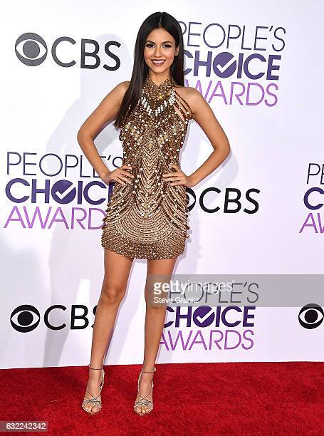 Victoria Justice arrives at the People's Choice Awards 2017 at Microsoft Theater on January 18 2017 in Los Angeles California