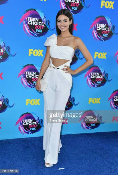 Victoria Justice attends the Teen Choice Awards 2017 at Galen Center on August 13 2017 in Los Angeles California