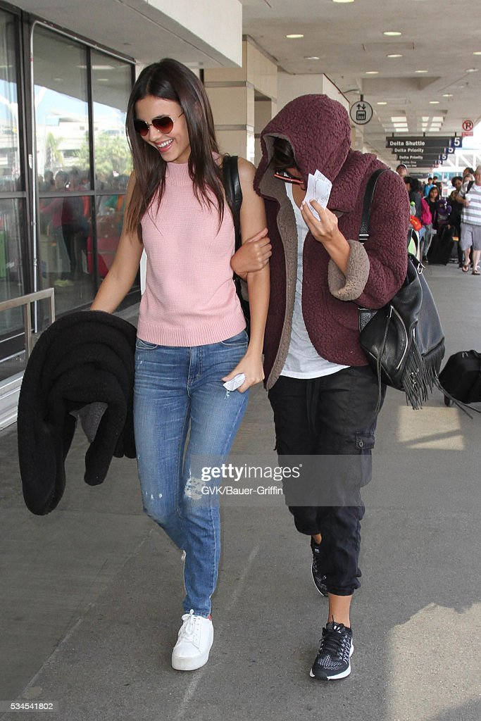 <a gi-track='captionPersonalityLinkClicked' href=/galleries/search?phrase=Victoria+Justice&family=editorial&specificpeople=569887 ng-click='$event.stopPropagation()'>Victoria Justice</a> is seen at LAX on May 26, 2016 in Los Angeles, California.