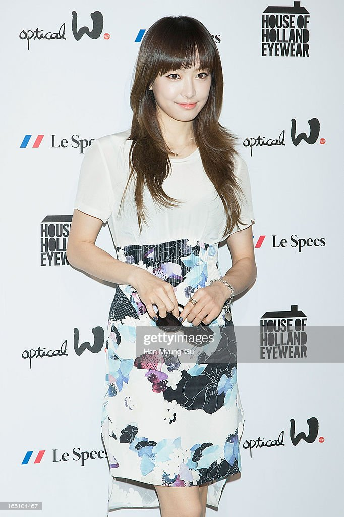 Victoria of girl group f(x) attends during the 'Optical W' 2013 S/S Presentation on March 29, 2013 in Seoul, South Korea.