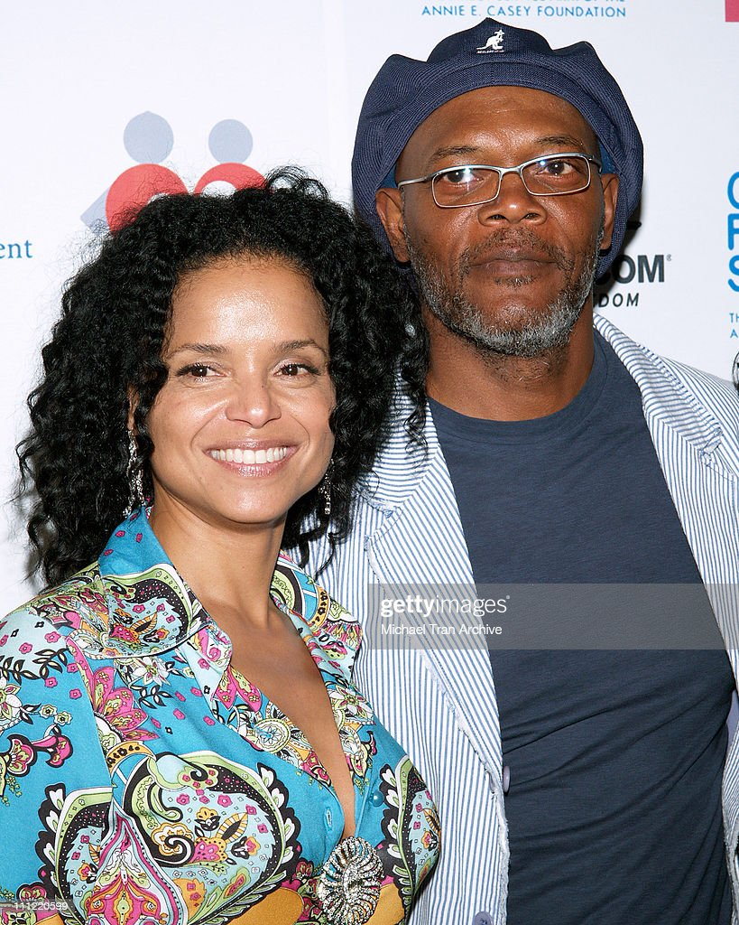 <a gi-track='captionPersonalityLinkClicked' href=/galleries/search?phrase=Victoria+Rowell&family=editorial&specificpeople=202576 ng-click='$event.stopPropagation()'>Victoria Rowell</a> and <a gi-track='captionPersonalityLinkClicked' href=/galleries/search?phrase=Samuel+L.+Jackson&family=editorial&specificpeople=167234 ng-click='$event.stopPropagation()'>Samuel L. Jackson</a> during Museum of Contemporary Art & Rowell Foster Children's Positive Plan 'Passion Art Tour' - Arrivals at Museum of Contemporary Art (MOCA) in Los Angeles, CA, United States.