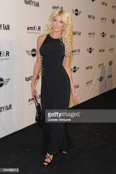 Victoria Silvstedt attends amfAR Milano 2010 Red Carpet during Milan Fashion Week Womenswear Spring/Summer 2011 at La Permanente on September 27 2010...