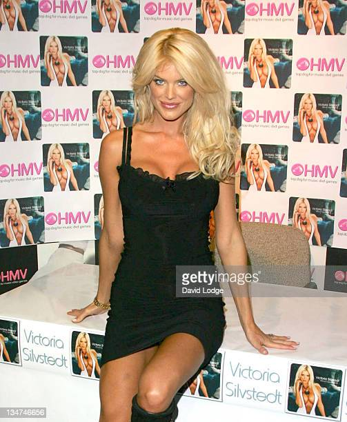 Victoria Silvstedt during Victoria Silvstedt Promotes her 2005 Calendar at HMV October 21 2004 at HMV Trocadero in London Great Britain