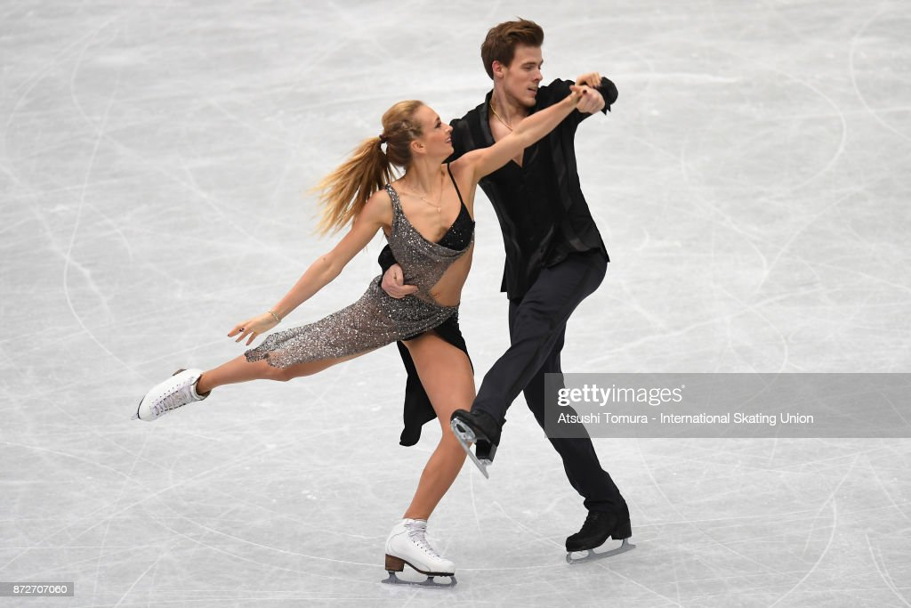 Виктория Синицина - Никита Кацалапов - 7 - Страница 5 Victoria-sinitsina-and-nikita-katsalapov-of-russia-compete-in-the-ice-picture-id872707060