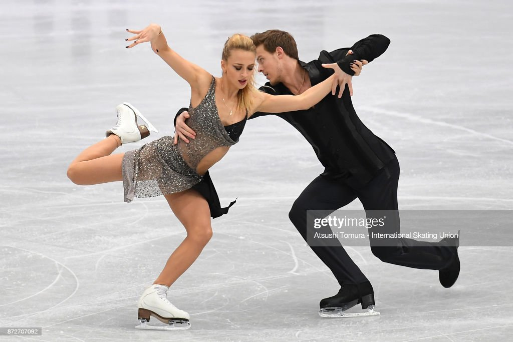 Виктория Синицина - Никита Кацалапов - 7 - Страница 5 Victoria-sinitsina-and-nikita-katsalapov-of-russia-compete-in-the-ice-picture-id872707092