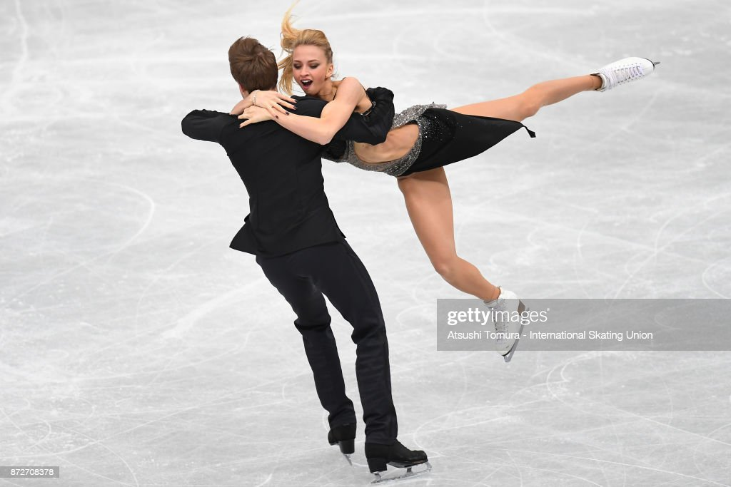 Виктория Синицина - Никита Кацалапов - 7 - Страница 5 Victoria-sinitsina-and-nikita-katsalapov-of-russia-compete-in-the-ice-picture-id872708378