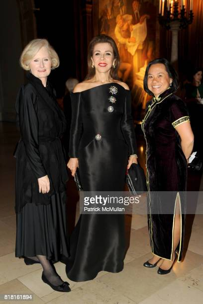 Victoria Steele Princess Firyal of Jordan and Deanna Lee attend The 2010 LIBRARY LIONS GALA at The New York Public Library on November 1 2010 in New...