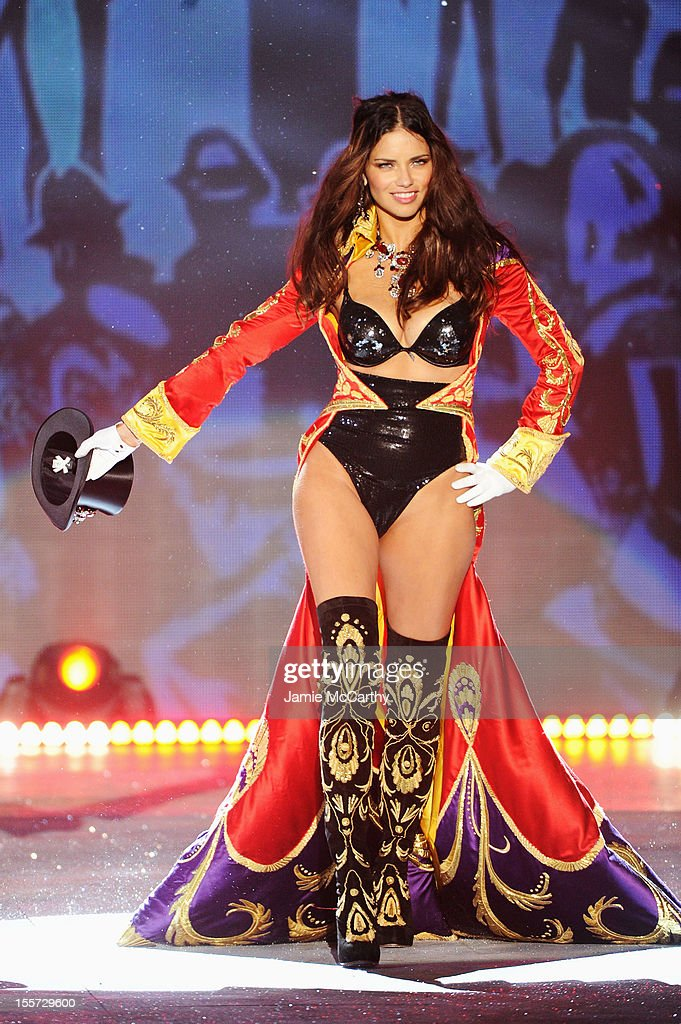 Victoria's Secret Angel Adriana Lima walks the runway during the 2012 Victoria's Secret Fashion Show at the Lexington Avenue Armory on November 7, 2012 in New York City.