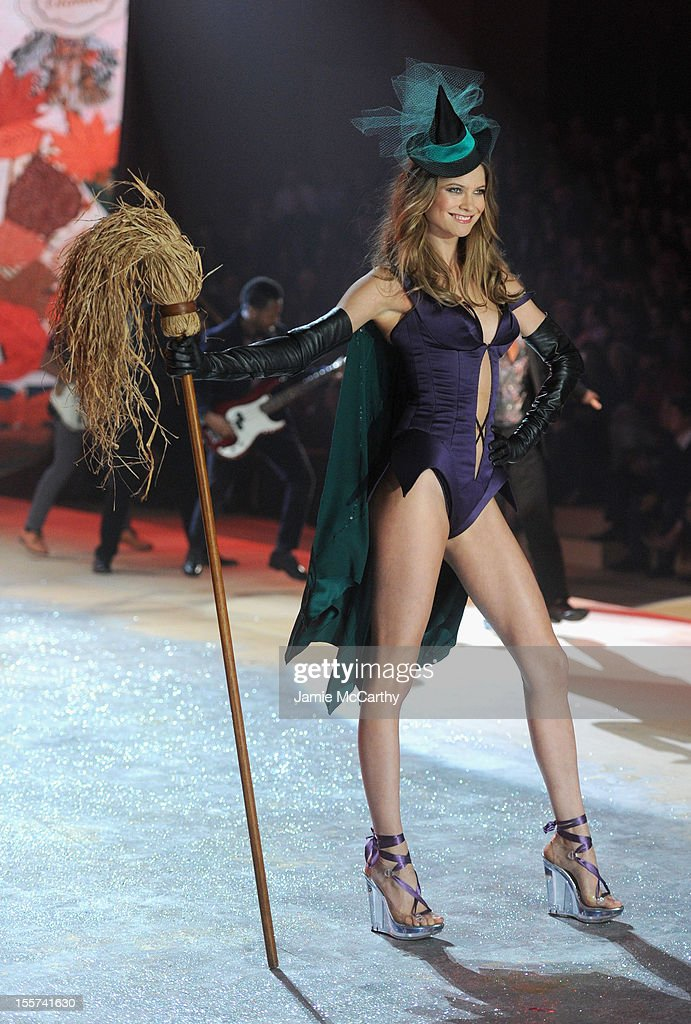 Victoria's Secret Angel Behati Prinsloo walks the runway during the 2012 Victoria's Secret Fashion Show at the Lexington Avenue Armory on November 7, 2012 in New York City.