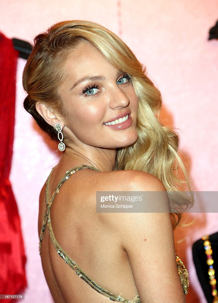 Victoria's Secret Angel <a gi-track='captionPersonalityLinkClicked' href=/galleries/search?phrase=Candice+Swanepoel&family=editorial&specificpeople=4357958 ng-click='$event.stopPropagation()'>Candice Swanepoel</a> shows off The Royal Fantasy Bra at Victoria's Secret in Herald Square on November 6, 2013 in New York City.