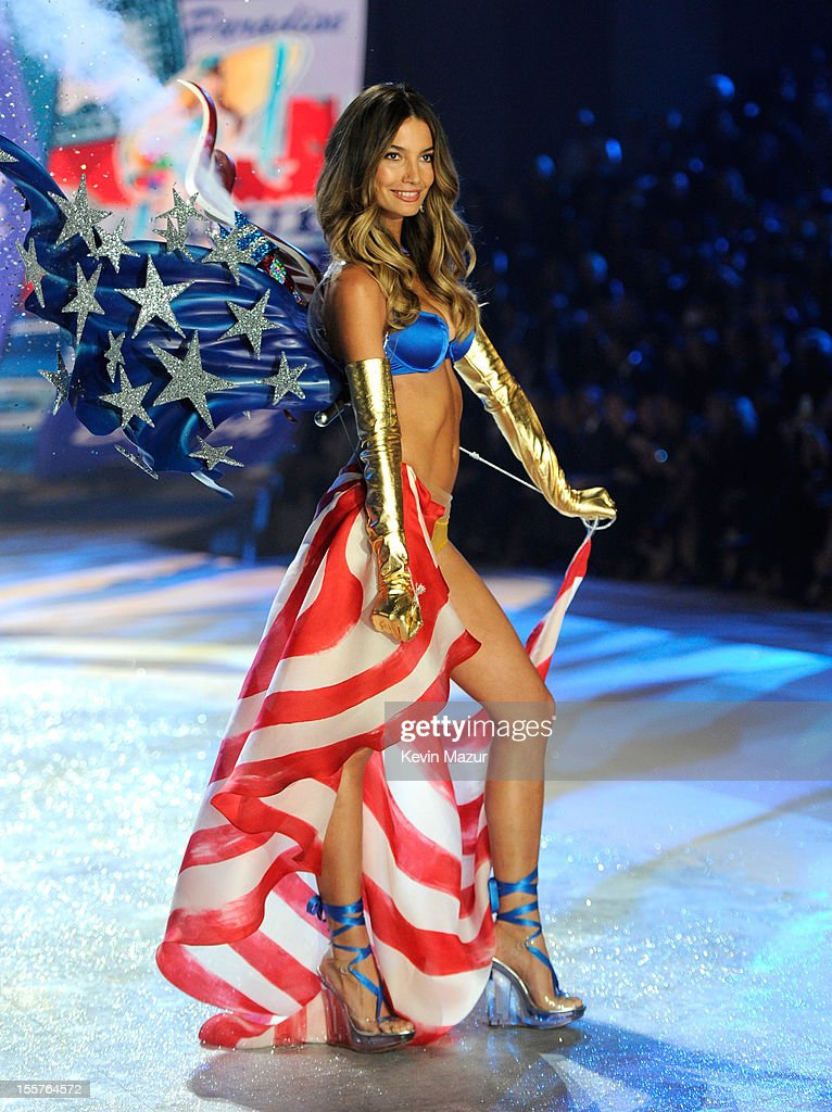 Victoria's Secret Angel Lily Aldridge walks the runway during the 2012 Victoria's Secret Fashion Show at the Lexington Avenue Armory on November 7, 2012 in New York City.