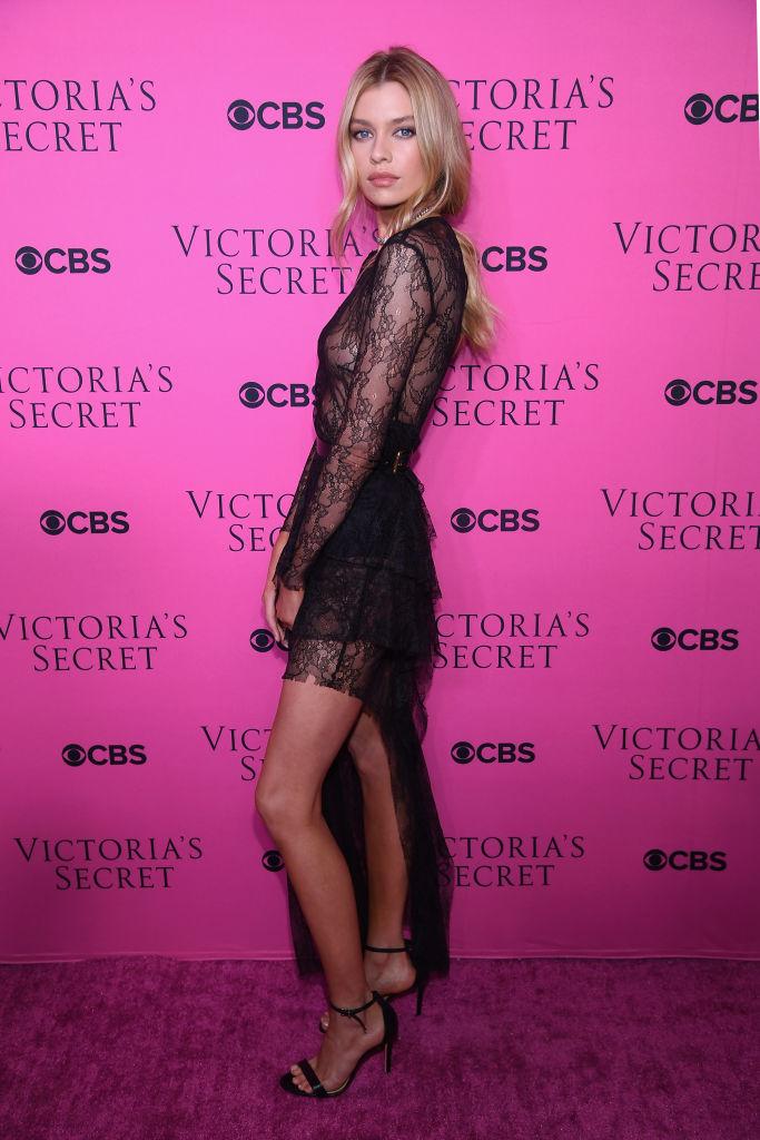 968edc50d28 Victoria s Secret Angel Lais Ribeiro attends as Victoria s Secret Angels  gather for an intimate viewing party of the 2017 Victoria s Secret Fashion  Show at ...