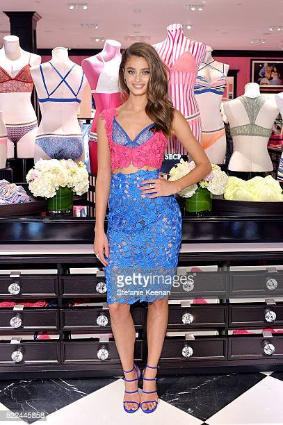 Victoria's Secret Angel Taylor Hill Launches The All New Bralette Collection On MultiCity Tour at Victoria's Secret on April 19 2016 in Santa Monica...
