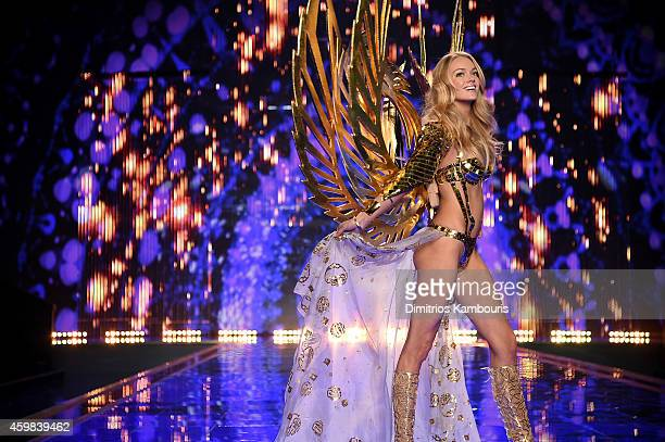 Victoria's Secret model Lindsay Ellingson walks the runway during the 2014 Victoria's Secret Fashion Show at Earl's Court exhibition centre on...