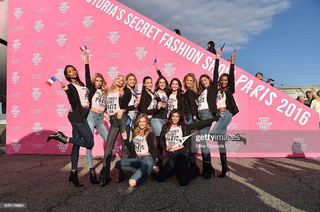 victorias-secret-models-lais-ribeiro-elsa-hosk-martha-hunt-josephine-picture-id626178984