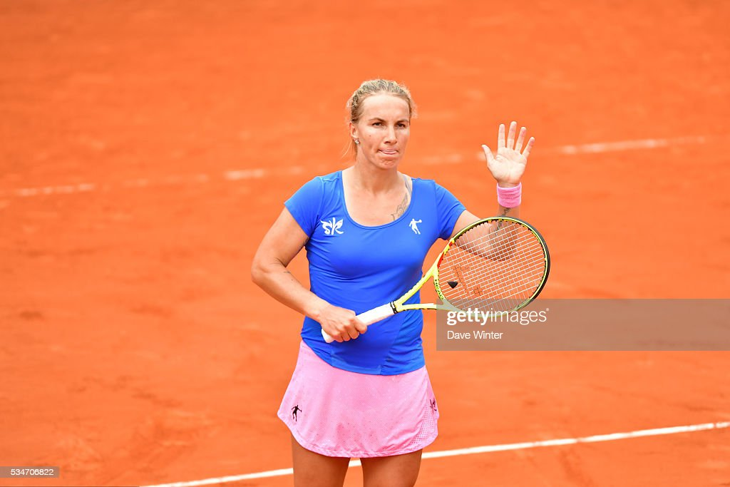 Victory for Svetlana Kuznetsova during the Women's Singles third round on day six of the French Open 2016 at Roland Garros on May 27, 2016 in Paris, France.