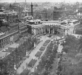 Victory parade passing through Admiralty Arch and down the Mall London 19 July 1919
