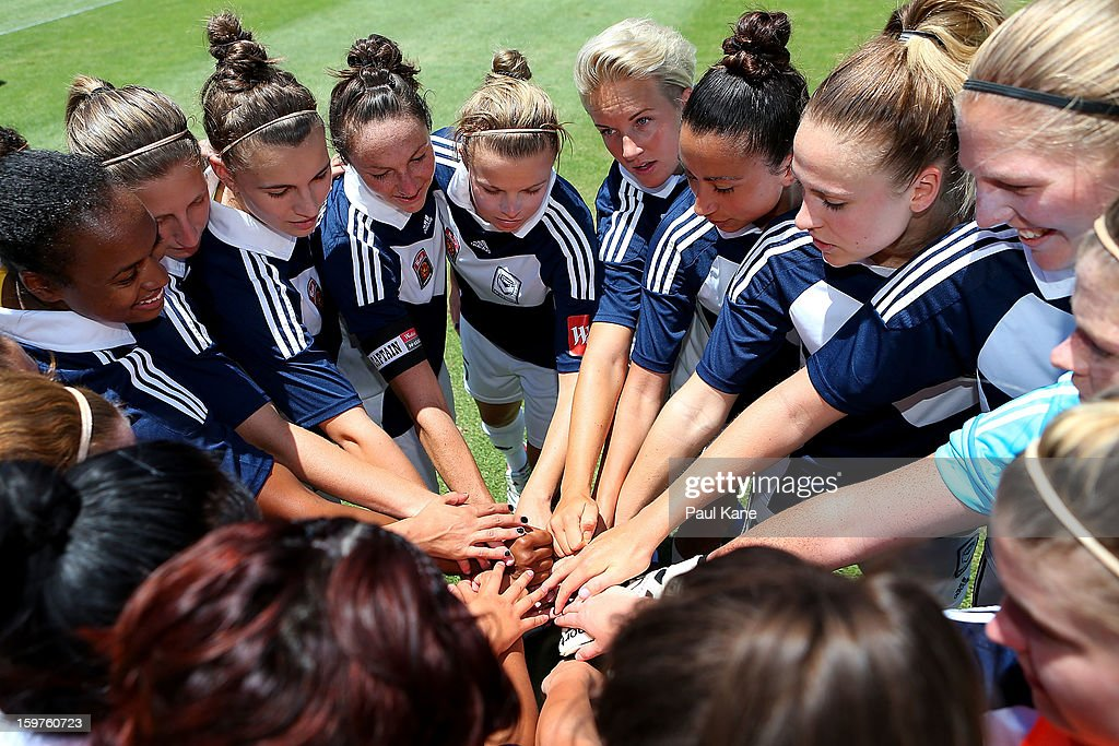 Victory players huddle during the W-League Semi Final match between Perth Glory and Melbourne Victory at nib Stadium on January 20, 2013 in Perth, Australia.