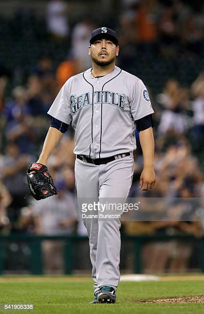 Vidal Nuno of the Seattle Mariners walks off the field after giving up a walkoff home run to Justin Upton of the Detroit Tigers during the ninth...