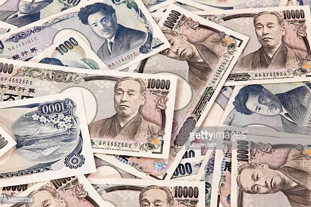 Viele japanische Geldscheine der Yen Währung
