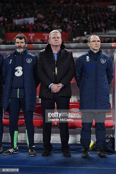 Vienna Austria 12 November 2016 Republic of Ireland manager Martin O'Neill right with assistants Roy Keane left and Steve Walford during the FIFA...