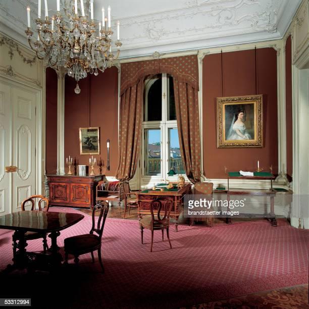 Vienna Schoenbrunn castle Workroom of Emperor Franz Joseph I built after the blueprints from Johann Bernhard Fischer von Erlach altered by Nicolaus...