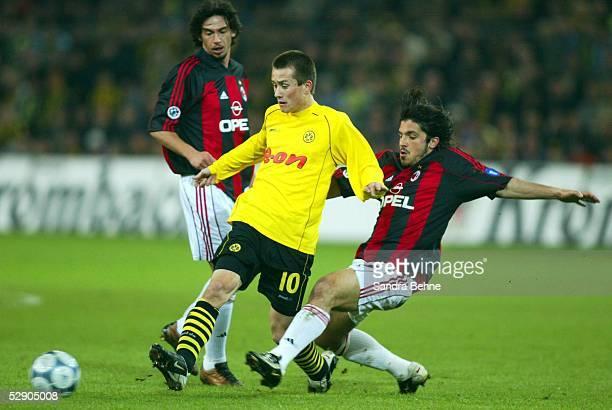 POKAL 01/02 Viertelfinale Dortmund BORUSSIA DORTMUND AC MAILAND Andra PIRLO/MAILAND Tomas ROSICKY/DORTMUND Gennaro GATTUSO/MAILAND