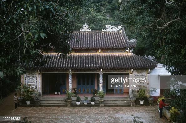 Chua Nam Da: Marble Mountains Stock Photos And Pictures