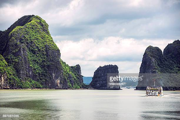 Vietnam, Ha Long Bay, picturesque sea landscape