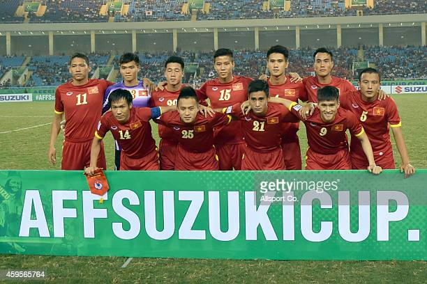Vietnam players poses prior to kick off during the 2014 AFF Suzuki Cup Group A match between Laos and Vietnam at the My Dinh Stadium on November 25...