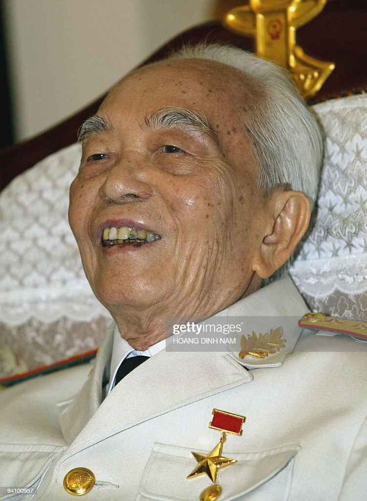 Vietnamese 92-year-old legendary General Vo Nguyen Giap jokes as he addresses a press conference in Hanoi on 30 April 2004. The general who masterminded Vietnam's wars of independence against the French and American armies, warned the United States Friday that it faced defeat in Iraq. AFP PHOTO/HOANG DINH NAM/na.