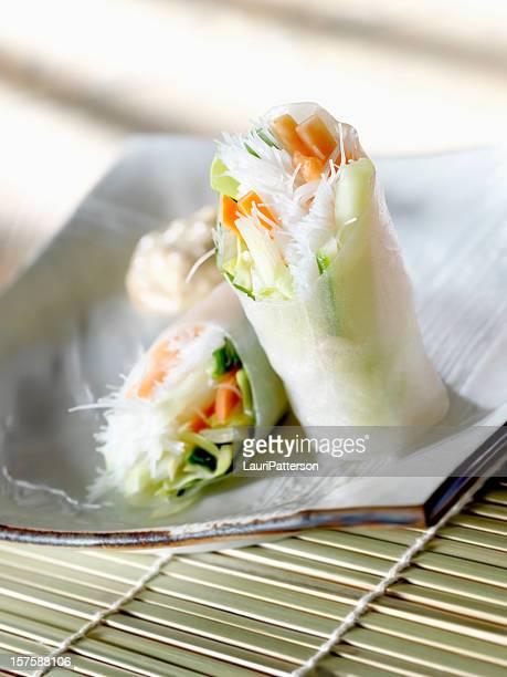Des rouleaux de papier de riz vietnamiennes à la mangue