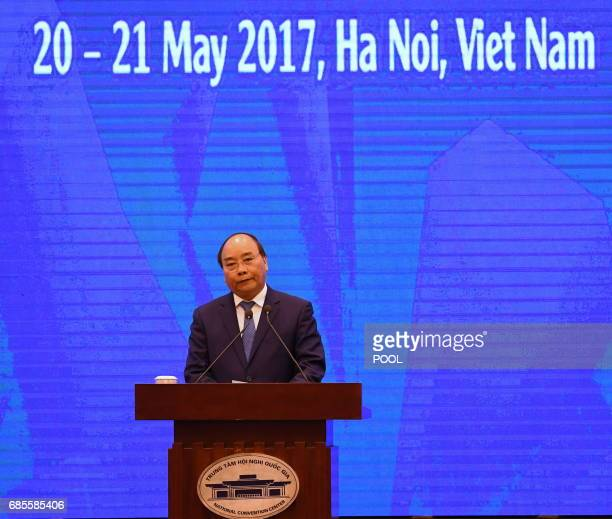 Vietnamese Prime Minister Nguyen Xuan Phat delivers the opening speech at the AsiaPacifics Economic Cooperation 23rd Ministers responsible for Trade...