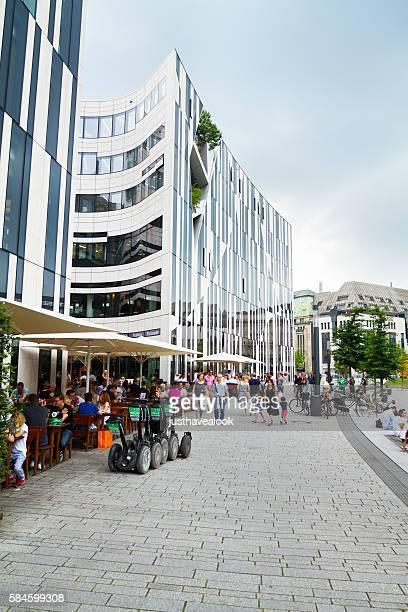 View along mall and promenade at Hofgarten