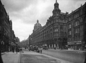 A view down Brompton Road in Knightsbridge London with the Harrods department store on the right circa 1910 The building designed by architect...