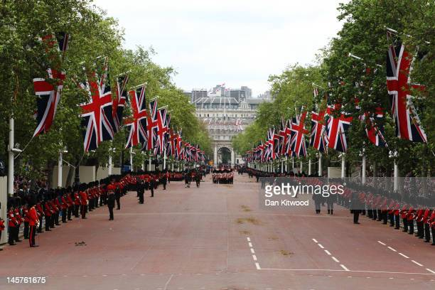 A view down The Mall during the Diamond Jubilee carriage procession after the service of thanksgiving at StPaul's Cathedral on the Mall on June 5...