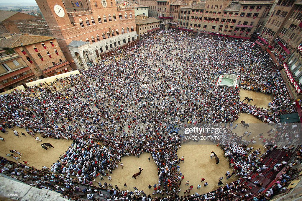 A view fo Piazza del Campo during a practice round ahead of Siena's famous Palio horse race on August 15 2003 Twice each year 10 of the city's 17...