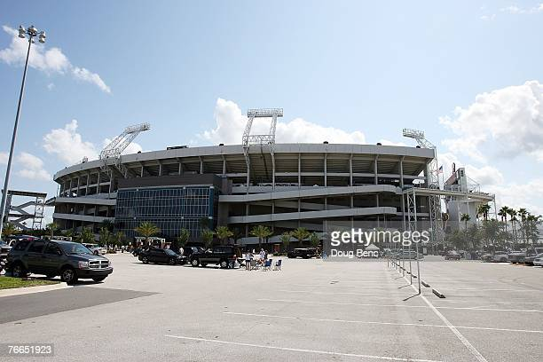 A view from the parking lot as fans begin to arrive before the Jacksonville Jaguars take on the Tennessee Titans at Alltel Stadium on September 9...