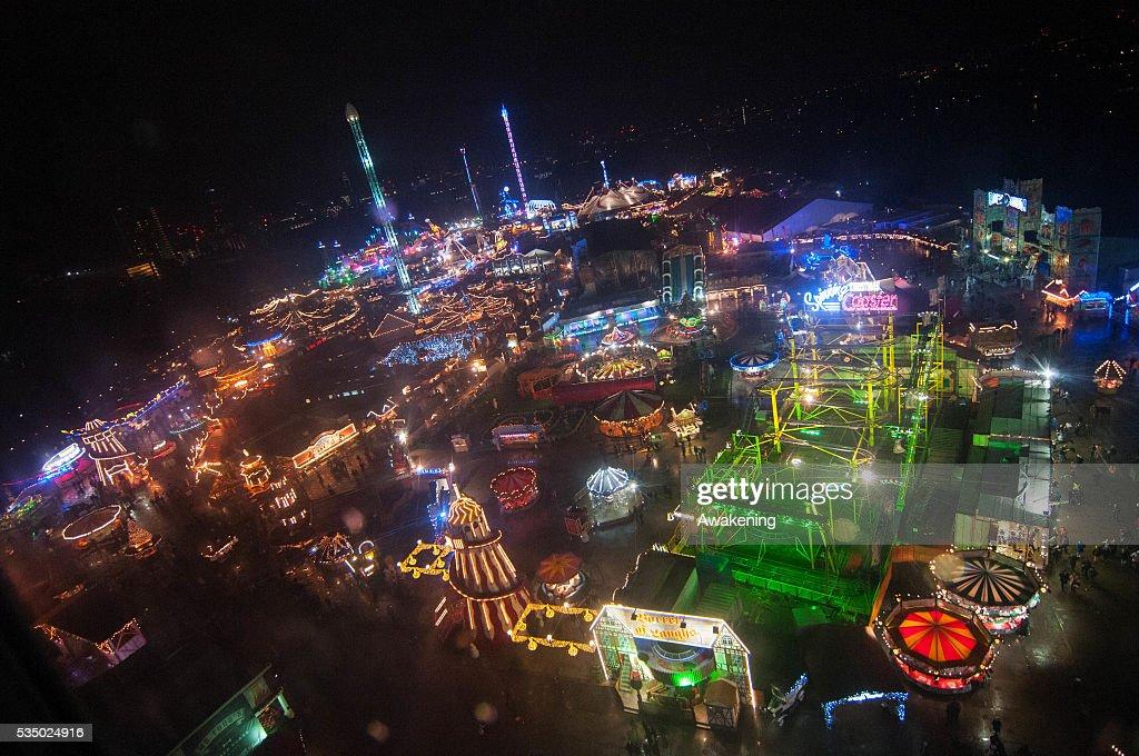 London Winter Wonderland In Hyde Park Pictures Getty Images - Winter wonderland london map 2016