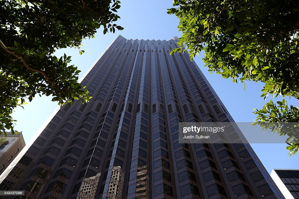A view of 555 California on June 28, 2016 in San Francisco, California. A new video that allegedly supports ISIL has emerged on the internet shows San Francisco's iconic Golden Gate Bridge as well as the office building at 555 California.