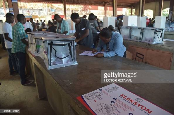 View of a polling station at the canape vert market in for Canape vert haiti