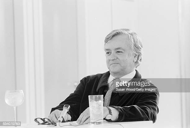 Geoffrey beene stock photos and pictures getty images Fashion designer geoffrey