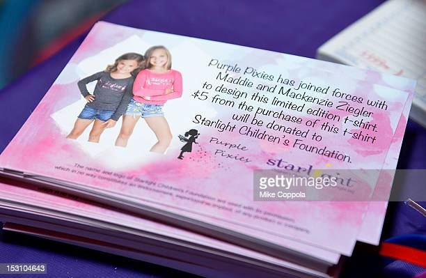 A view of atmosphere inside the 'Dance Moms' meet and greet benefiting Starlight Children's Foundation at Stoopher Boots on September 29 2012 in New...